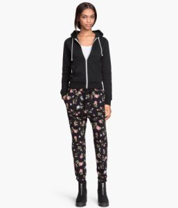 Very useful for concealing a catheter bag. H&M jersey trousers in black/floral
